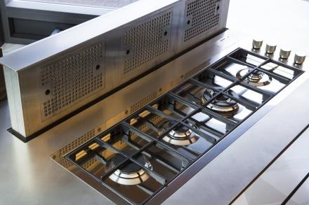 kuechentraume_bartelt_frankfurt_kitchen_range_hood_2